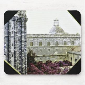 Catedral de Sevilla Alfombrillas De Ratón