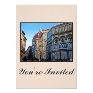 Catedral del Duomo de Florencia con cita del amor Comunicados