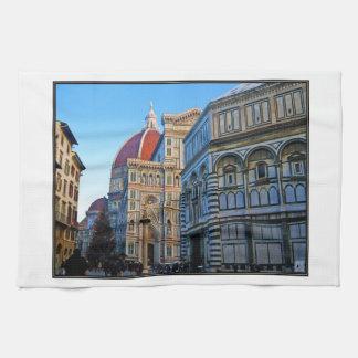 Catedral del Duomo de Florencia con cita del amor Toalla