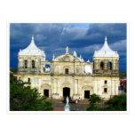catedral del león tarjetas postales