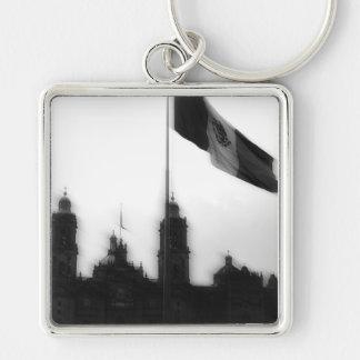 Catedral en el Zocalo del DF con la Bandera 10 Silver-Colored Square Keychain