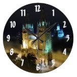 Catedral en Noche-Guayaquil, Ecuador Relojes