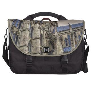 Catedral y chapitel Wiltshire Inglaterra de Salisb Bolsas Para Portátil