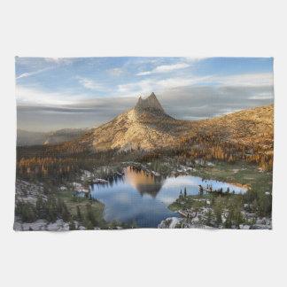 Cathedral Lake and Peak - Yosemite John Muir Trail Kitchen Towels