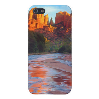 Cathedral Rock reflecting in Oak Creek at Sunset iPhone 5 Case