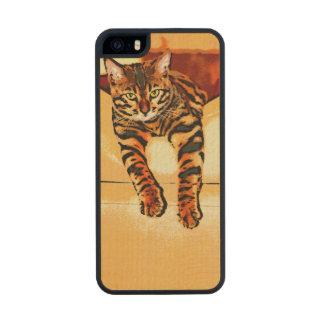 CATITUDE FUNDA DE ARCE CARVED® PARA iPhone 5 SLIM