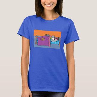Catlady Sleeps. T-Shirt