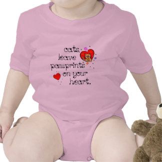 Cats leave pawprints on your heart. t-shirt