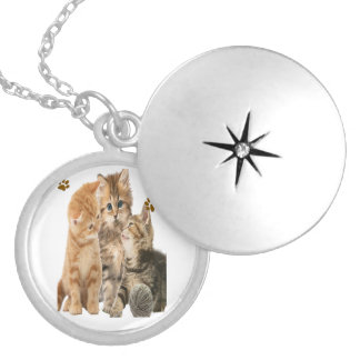 Cats t-shirts silver plated necklace