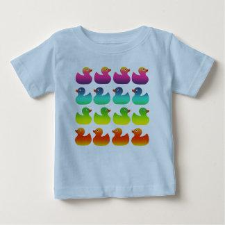 Caucho Duckies del arco iris Playera