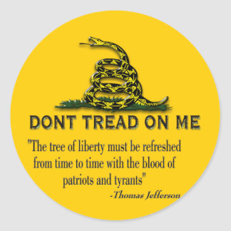 """CAUTION """"Don't Tread On Me"""" FLAG Classic Round Sticker"""