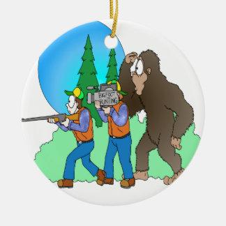 Caza Bigfoot Adorno Navideño Redondo De Cerámica