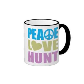 Caza del amor de la paz taza