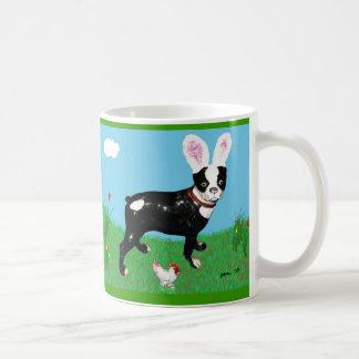 Caza del huevo de Pascua con la taza de Clancey