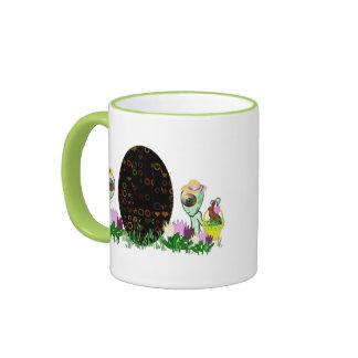 Caza extranjera del huevo de Pascua Taza De Café