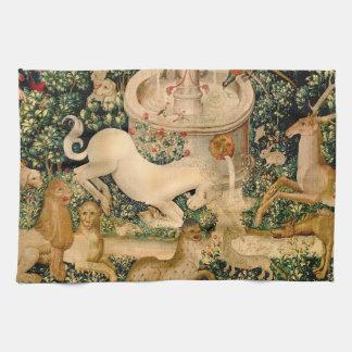 Caza medieval de las tapicerías del unicornio toallas de mano