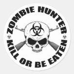 Cazador 2 del zombi etiqueta redonda