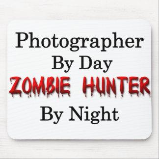 Cazador de la fotografía/del zombi mouse pads