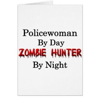 Cazador de la mujer policía del zombi