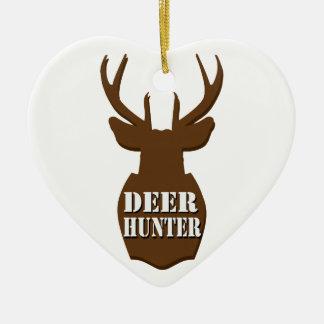 Cazador de los ciervos adorno navideño de cerámica en forma de corazón