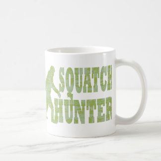 Cazador de Squatch en camuflaje Taza