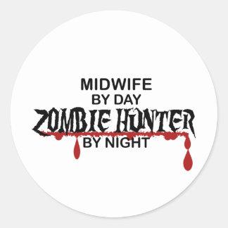 Cazador del zombi de la partera pegatina redonda