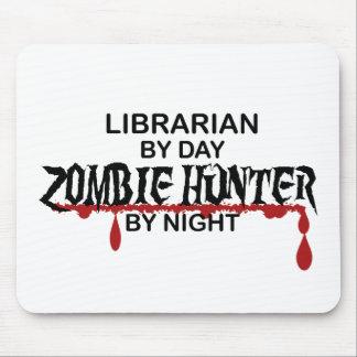 Cazador del zombi del bibliotecario alfombrillas de raton
