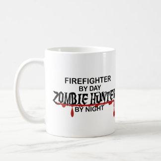 Cazador del zombi del bombero taza