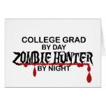 Cazador del zombi del graduado de la universidad tarjetas