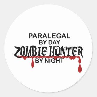 Cazador del zombi del Paralegal Pegatina Redonda