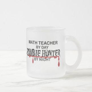 Cazador del zombi del profesor de matemáticas taza cristal mate