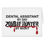 Cazador dental del zombi de Asst Felicitacion