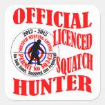 Cazador oficial del squatch colcomanias cuadradases