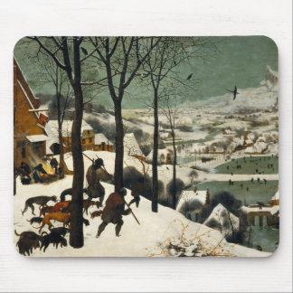 Cazadores en la nieve de Pieter Bruegel la anciano Tapetes De Raton