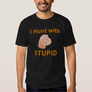 Cazo con estúpido - la camisa de los hombres (el