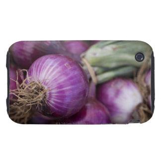 Cebollas rojas frescas en un granjero de New Jerse Tough iPhone 3 Carcasas