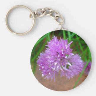 Cebolletas con los flores púrpuras de la flor llaveros personalizados