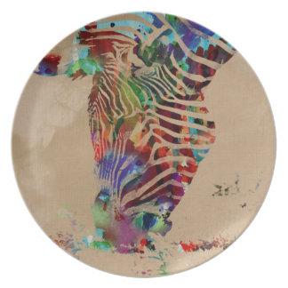 Cebra coloreada agua hermosa del arco iris