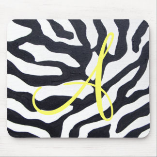 Cebra con el monograma mouse pads