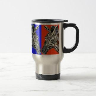 Cebra en taza del viaje de cuatro colores