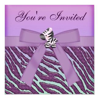 """Cebra linda y falso estampado de animales púrpura invitación 5.25"""" x 5.25"""""""