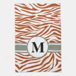 Cebra roja del safari del moho con el monograma toalla