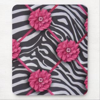 Cebra rosada de la flor alfombrilla de raton