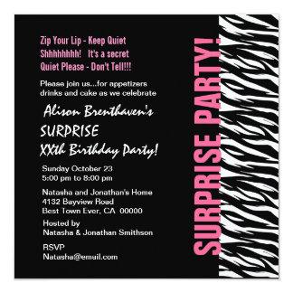 """Cebra rosada y negra V054 del cumpleaños del año Invitación 5.25"""" X 5.25"""""""