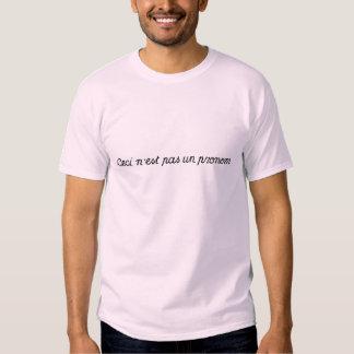 Ceci N'est Pas Un Pronom Tee Shirt