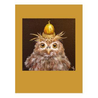 Cedric el búho del bebé con el gorra de la bellota tarjeta postal