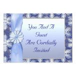 Celebración azul cristalina del copo de nieve invitaciones personales