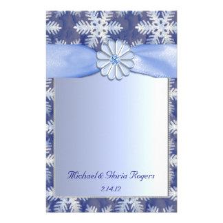 Celebración azul cristalina del copo de nieve personalized stationery