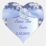 Celebración azul cristalina del copo de nieve calcomania corazon