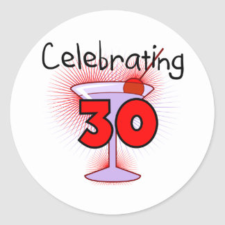 Celebración de 30 camisetas y regalos etiquetas redondas